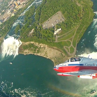 Ride along with the Snowbirds - Air Show Over Niagara Falls.