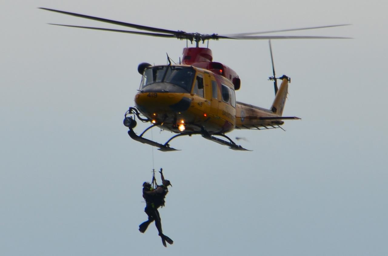 search and rescue sar demo helicopter rescue lake ontario toronto